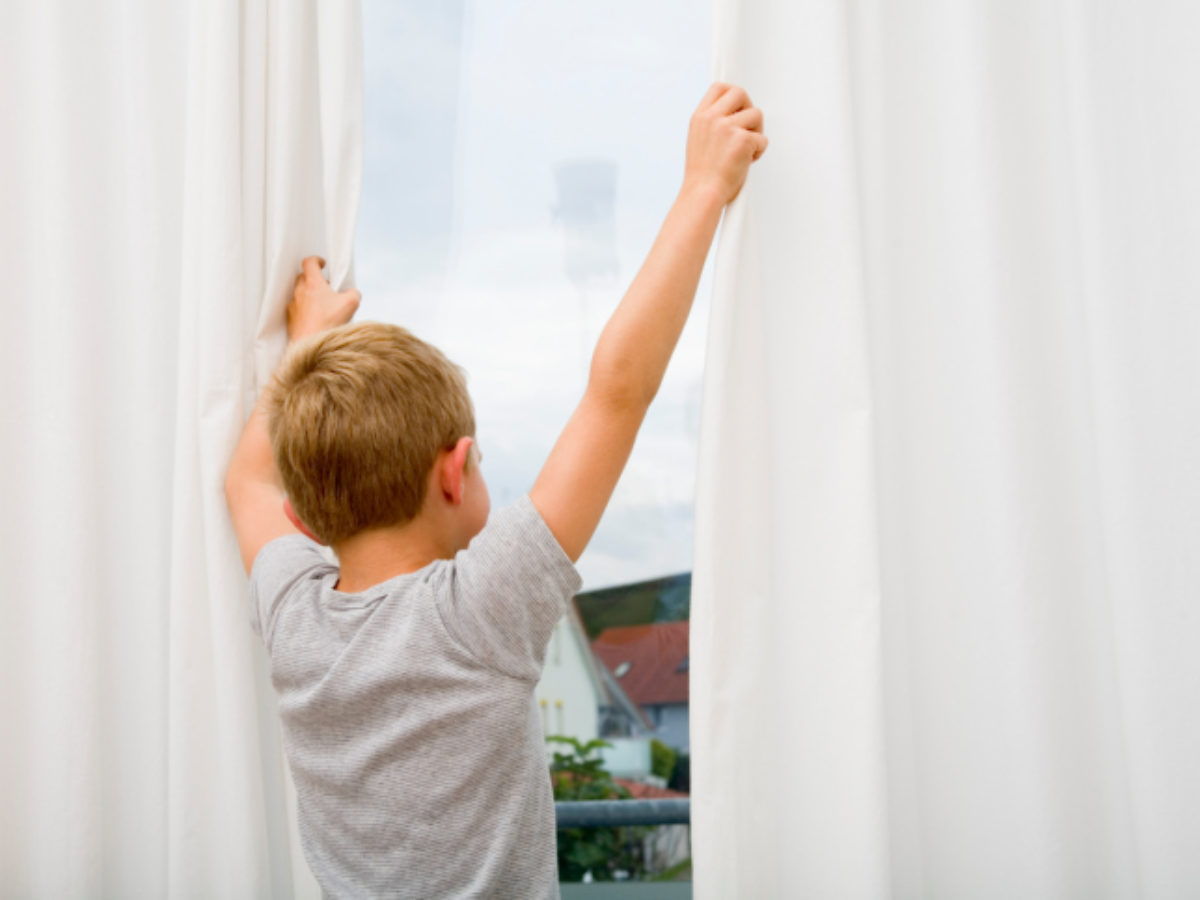 Best Window Treatments For A Boy S Room