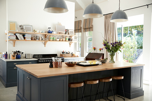Choosing Just the Right Kitchen Window Treatments That You ...